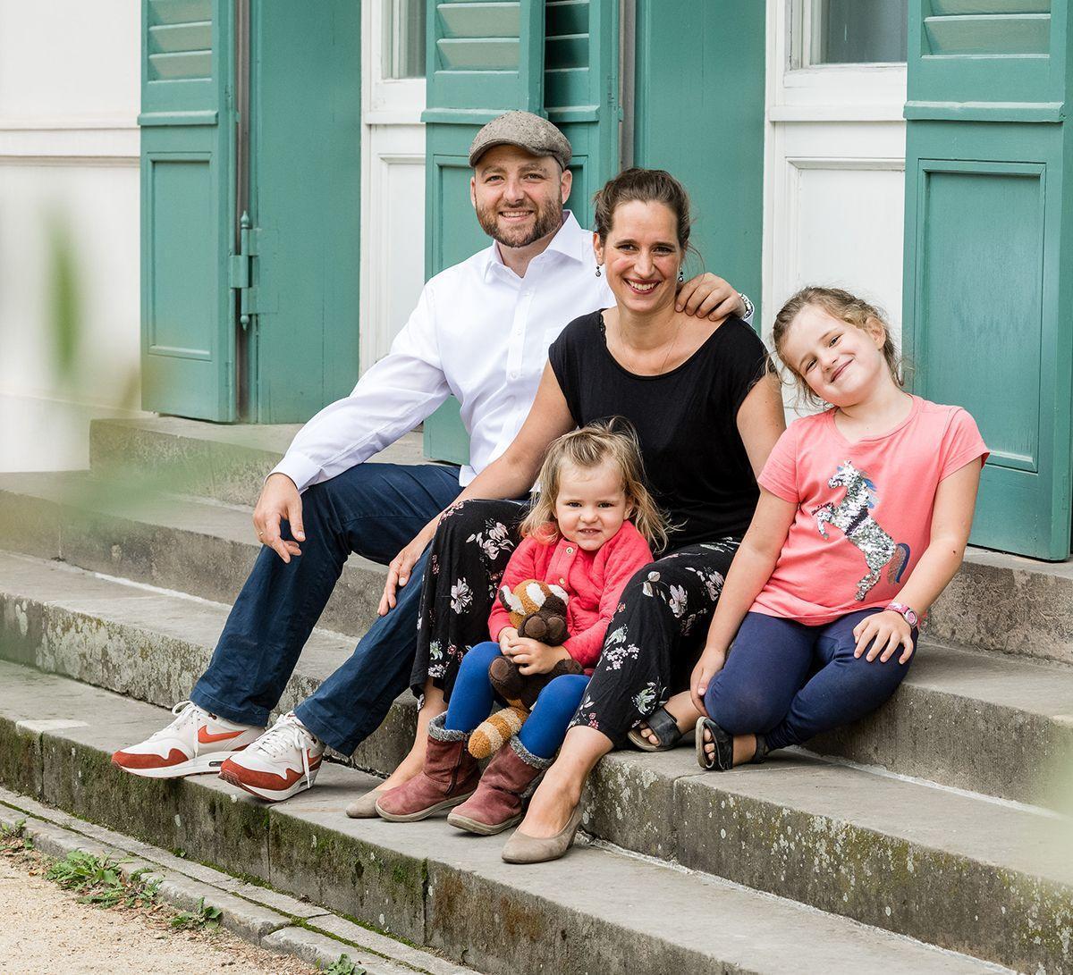 photograifc, familienfotos, familienshooting, outdoorshooting, fotograf Berlin, fotograf wilmersdorf, fotostudio charlottenbrug, vivian werk